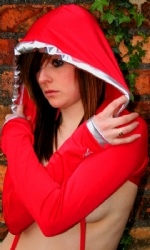Hooded Shrug Red/Silv