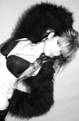 Fur Shrug Black